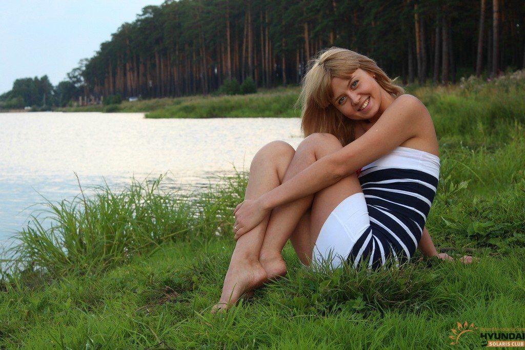 какое время русских жен пикапят на природе должны